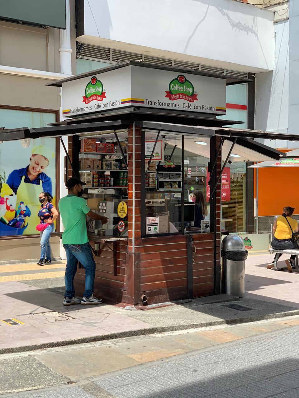 Coffee Shop La Tienda de Los Mecatos – Calle Real
