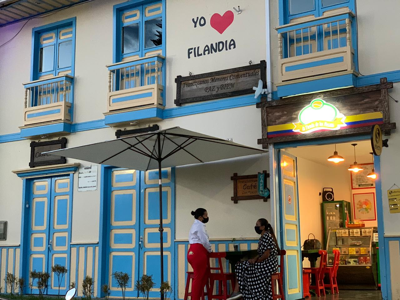 Coffee Shop La Tienda de Los Mecatos – Filandia