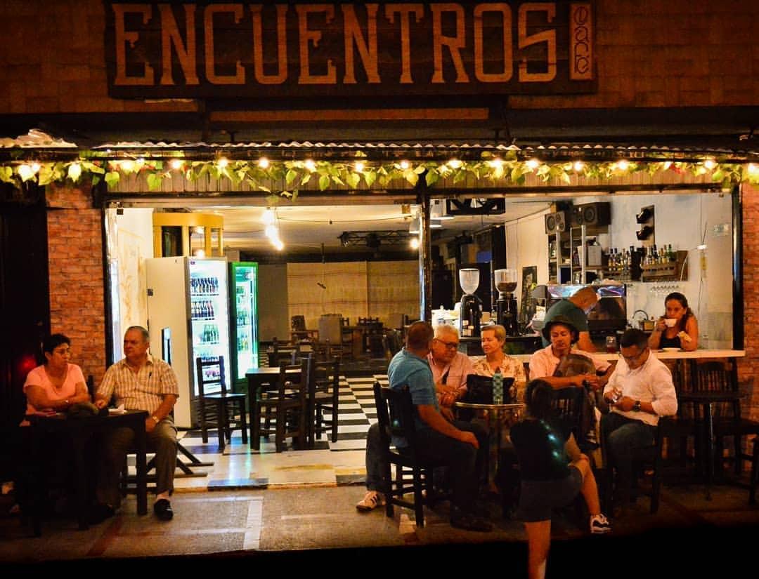 Encuentros Café