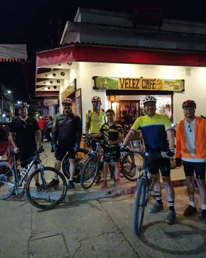 Vélez Café