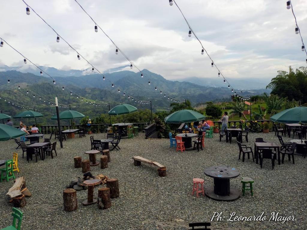 El Refugio Café Mirador